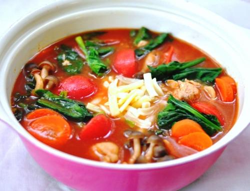 管理栄養士のウイルス感染回避レシピ 『鶏肉と野菜のトマト鍋』